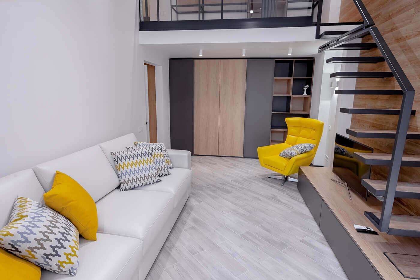 Дворівневі апартаменти Люкс у центрі Одеси. Варіанти ареди подобово та довгостроково.